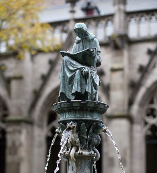 Cloister garden, Domkerk, Utrecht