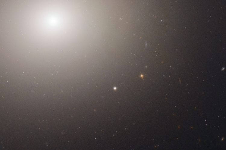 200 million suns: M60-UCD1, the densest galaxy in the nearby universe