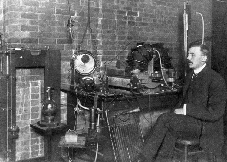 Ernest Rutherford at McGill University, 1905