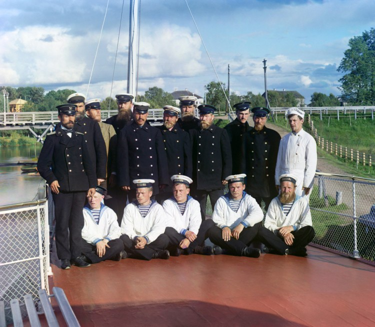 Crew of the steamship Sheksna